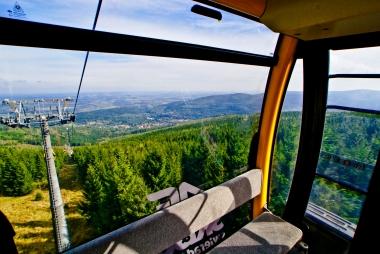Panoramiczny widok z gondoli
