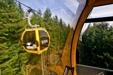 Gondola widoczna z okna