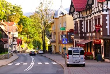 Krętą ulicą do Jeleniej Góry