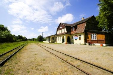 Dworzec kolejowy w Rewalu przed remontem