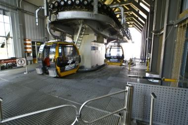 Platforma parkingowa dla gondol.