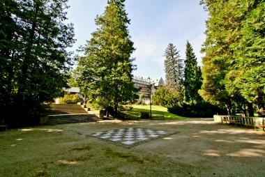 Duża szachownica w Parku Zdrojowym
