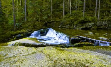 Początek wodospadu Szklarki