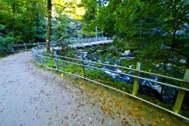 Most do wodospadu Szklarki